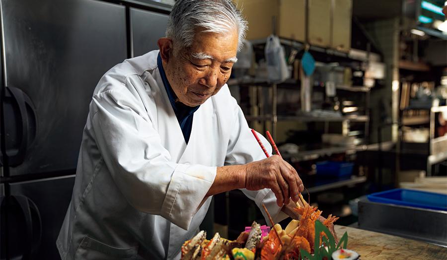 85歳の料理人。「働くことは大事。寝よったらいかんです」